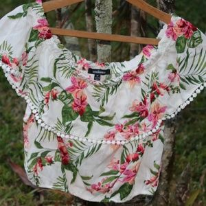 NWT Ambiance Off the shoulder crop top